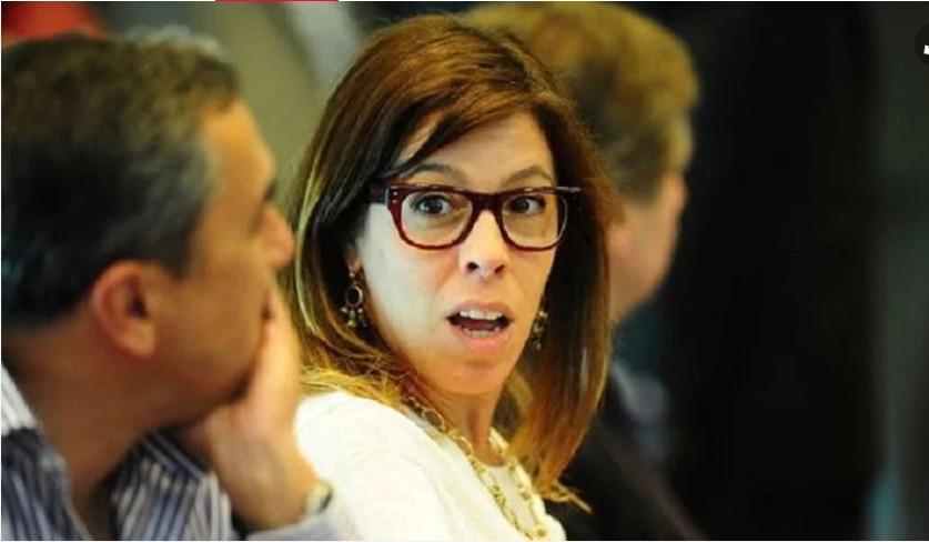 Laura Alonso no para de acusar